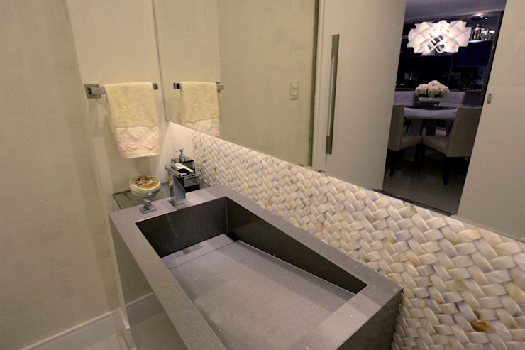 Apartamento Ponta de Campina Banheiros modernos por Leila Azzouz Arquitetura Eireli Moderno