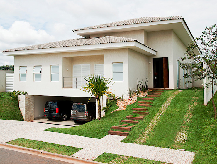現代房屋設計點子、靈感 & 圖片 根據 Maria Helena Caetano _ Arquitetura e Interiores 現代風