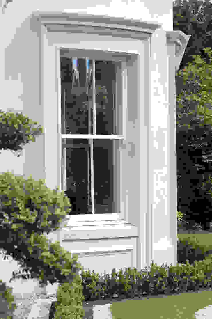 Luxury Style Suburban Mansion Дома в классическом стиле от Des Ewing Residential Architects Классический