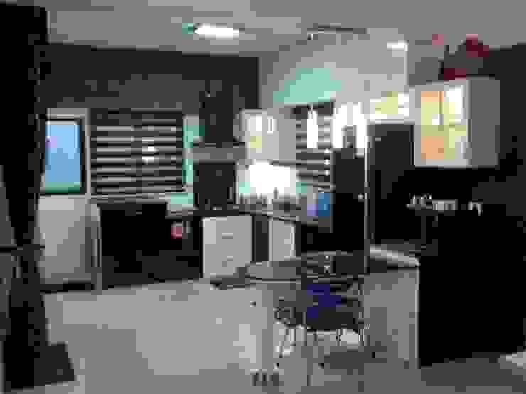 Miyapur Apartment Modern kitchen by wynall interiors Modern