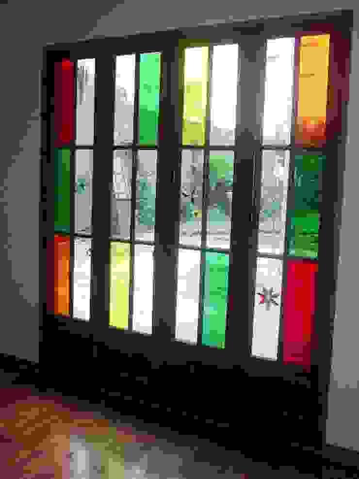 AyC Arquitectura Modern Windows and Doors