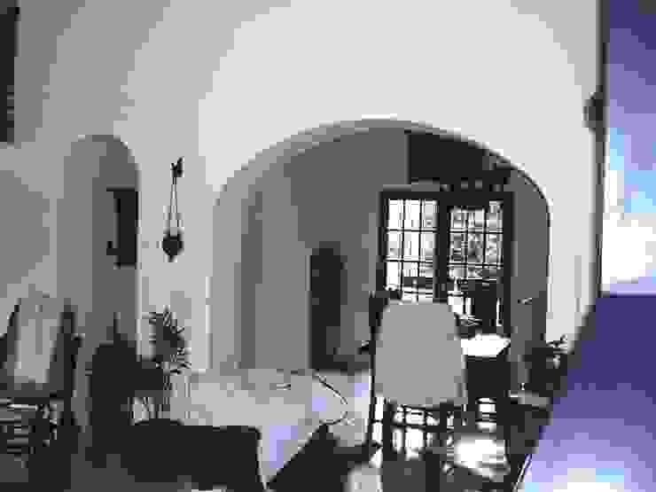 Reforma Casa en Caballito C.A.B.A Livings modernos: Ideas, imágenes y decoración de AyC Arquitectura Moderno