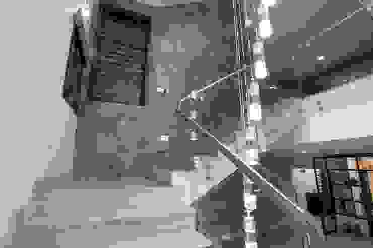 Modern Corridor, Hallway and Staircase by Bansal Interiors Modern