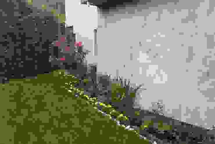 SAKLIKORU VİLLALARI- VİLLA PEYZAJ PROJE&UYGULAMA // SAKLIKORU - VILLA LANDSCAPE PROJECT Modern Bahçe AYTÜL TEMİZ LANDSCAPE DESIGN Modern