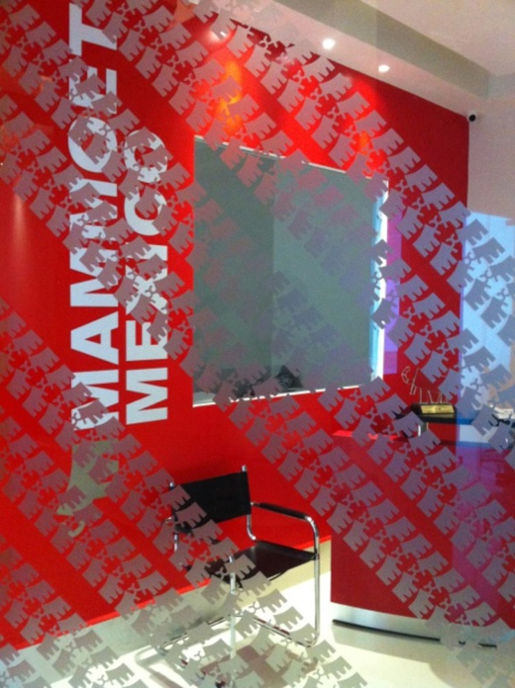 MAMMOET Puertas y ventanas modernas de Liferoom Moderno
