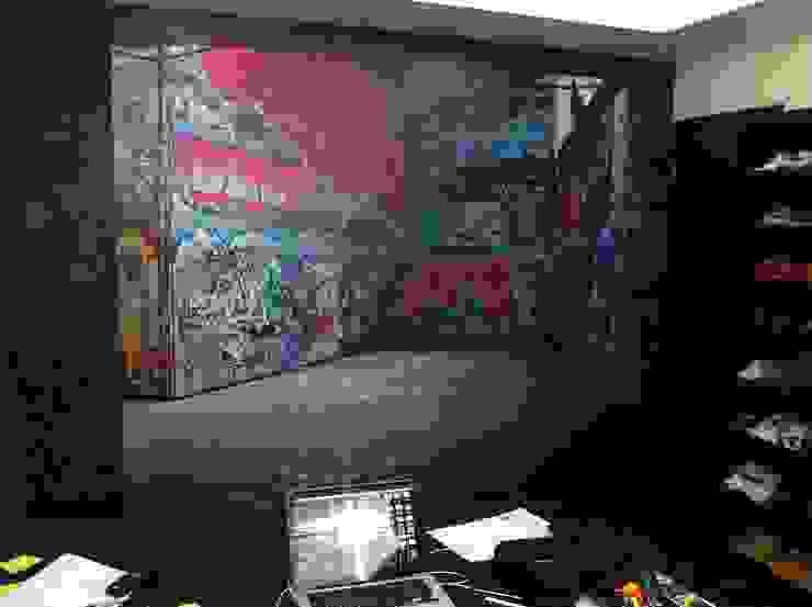 VARIOS Estudios y despachos modernos de Liferoom Moderno
