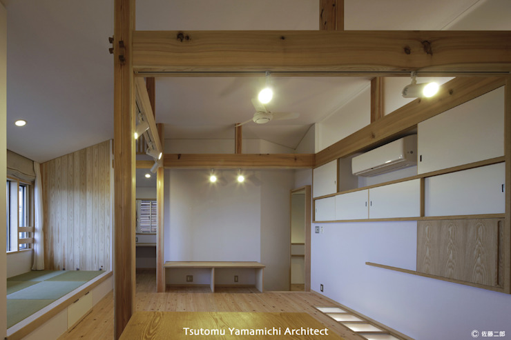 山道勉建築 Living room Wood White
