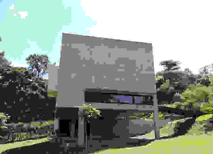Bloques. Casas minimalistas de jose m zamora ARQ Minimalista Hormigón