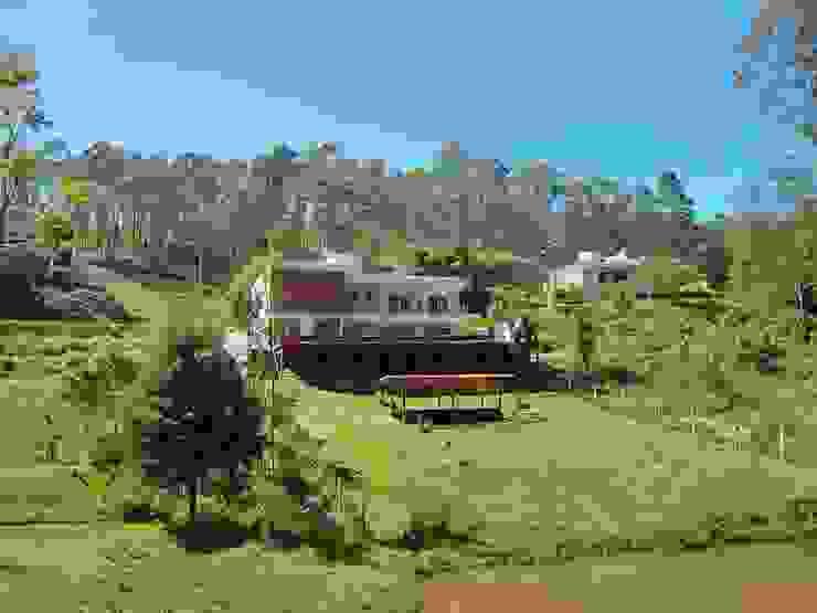 Casa Serra dos Cristais - Cajamar / SP Casas modernas por Carolina Bernardi Arquitetura Moderno