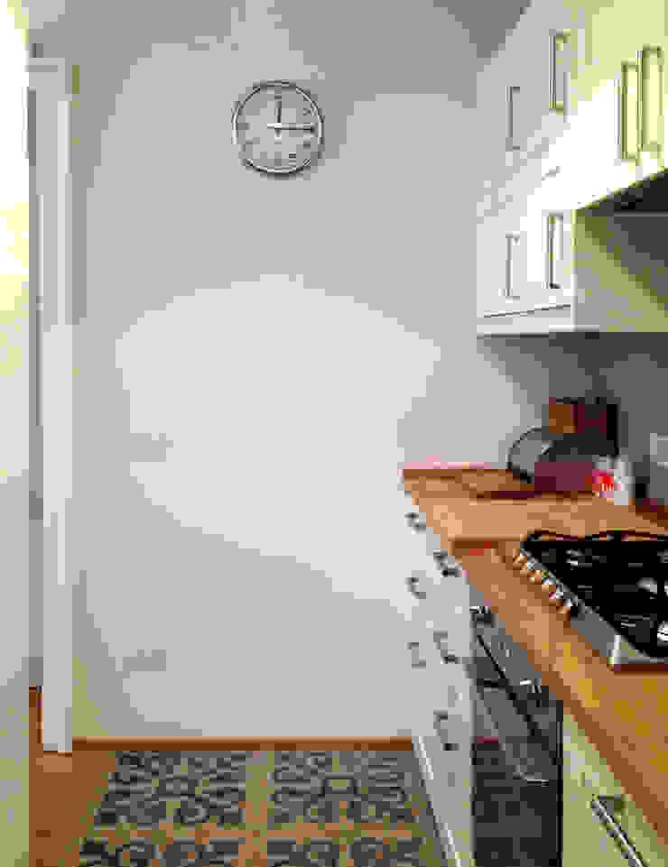 Atelier delle Verdure Eclectic style kitchen