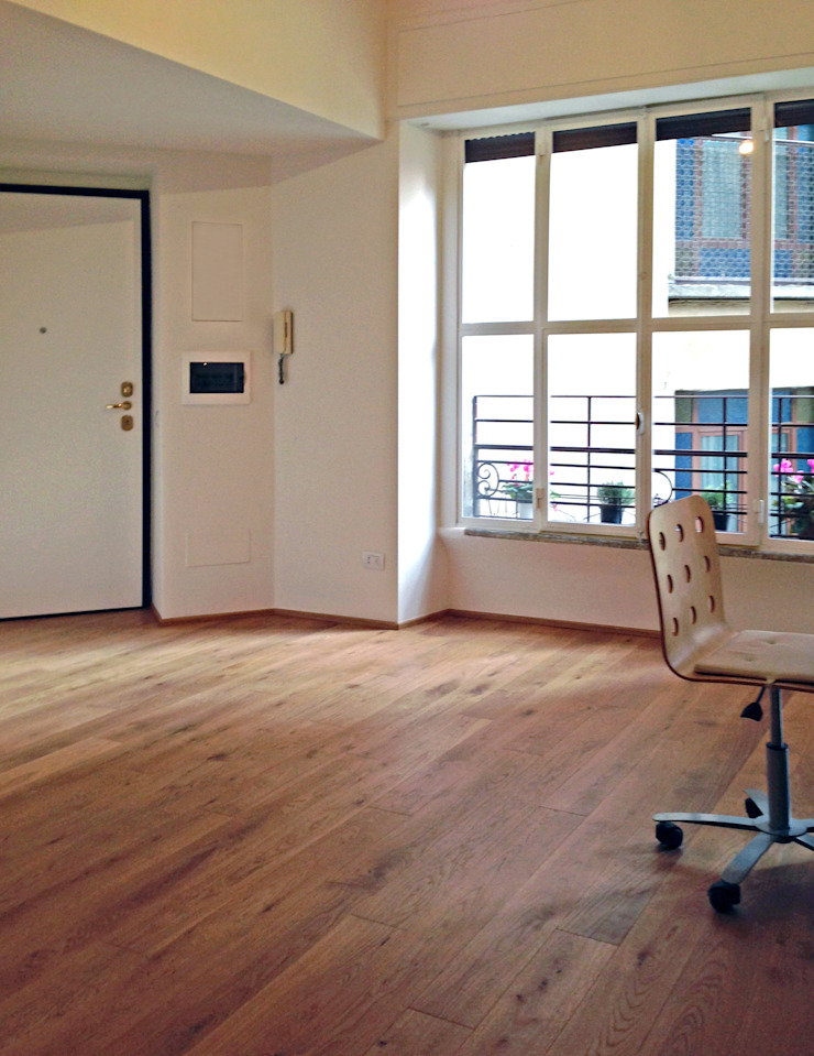 Atelier delle Verdure Minimalist corridor, hallway & stairs