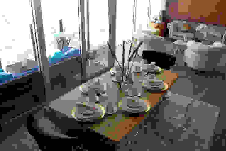 Nomada Design Studio Eclectic style dining room