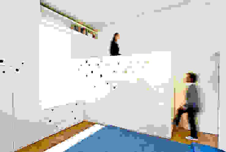 Casa a due altezze disegnoinopera Camera da letto in stile mediterraneo