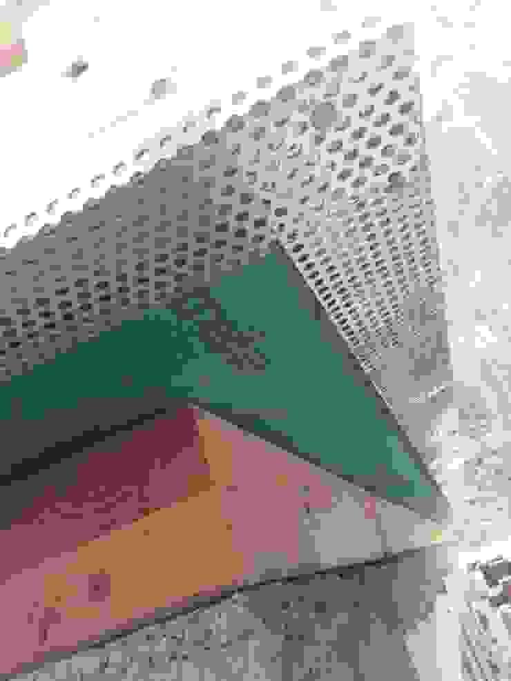MCB International Timber-Work Limited 現代房屋設計點子、靈感 & 圖片 實木 Green