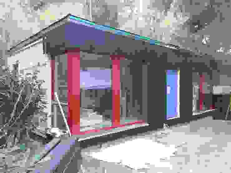 MCB International Timber-Work Limited 現代房屋設計點子、靈感 & 圖片 實木 Black