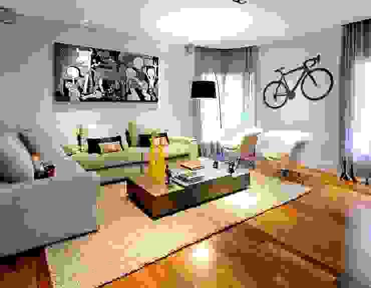 Projeto Apto Alto Pinheiros Salones de estilo moderno de RUTE STEDILE INTERIORES Moderno