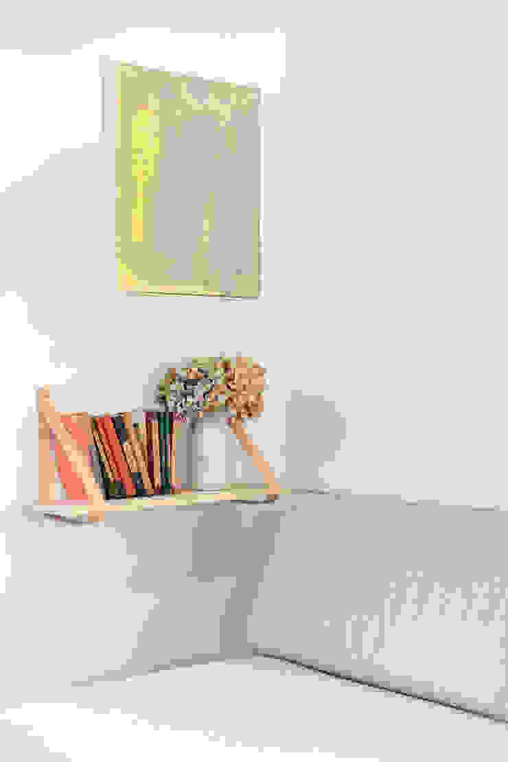 Studio Living by WN Interiors 现代客厅設計點子、靈感 & 圖片 根據 WN Interiors 現代風
