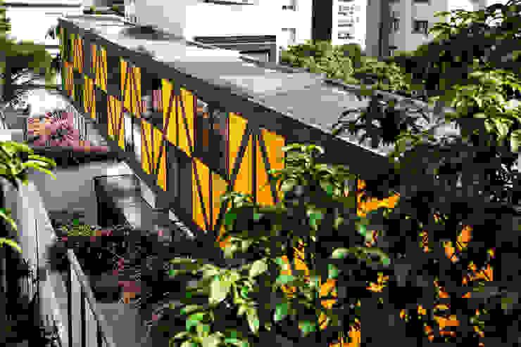 Bruxelas by Camila Vicari Arquitetura da Paisagem Сучасний