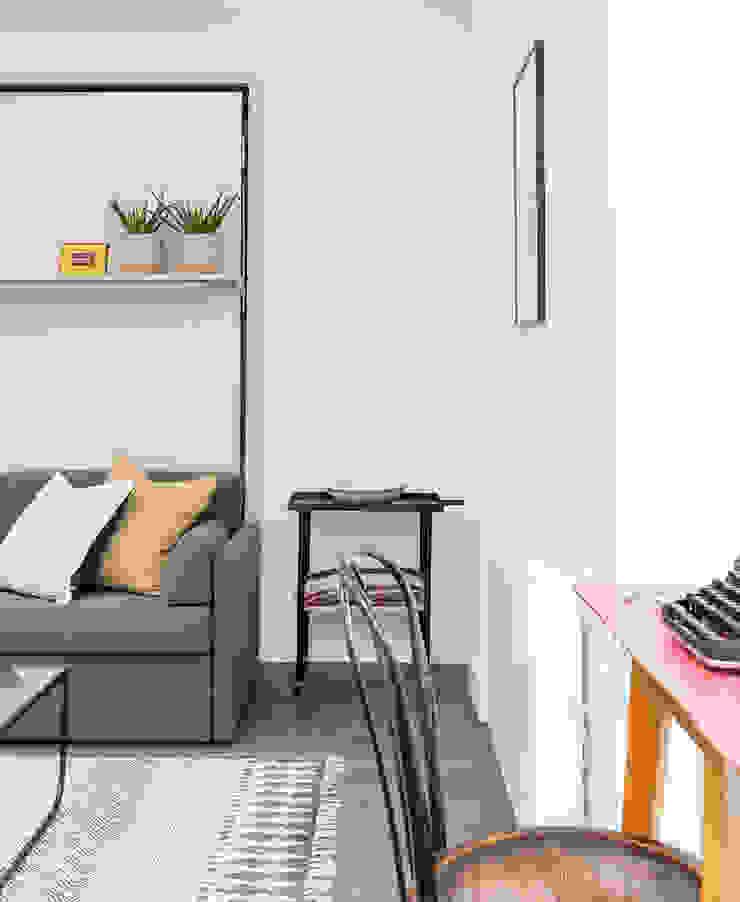Studio Living by WN Interiors WN Interiors + WN Store Modern living room