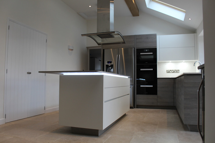 A Customer's ALNO Kitchen and Utility Room The ALNO Store Bristol Modern Kitchen