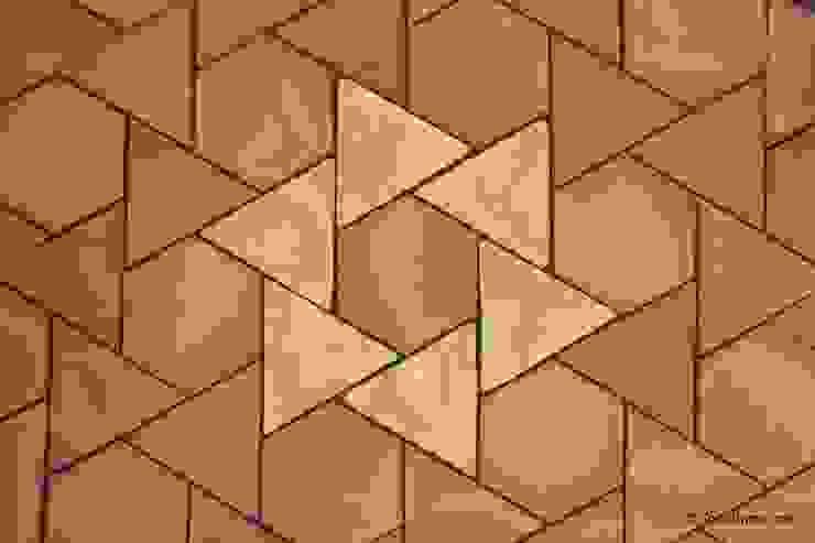 Suelo de barro Girasol 12 Paredes y suelos de estilo mediterráneo de Todobarro Mediterráneo Cerámico