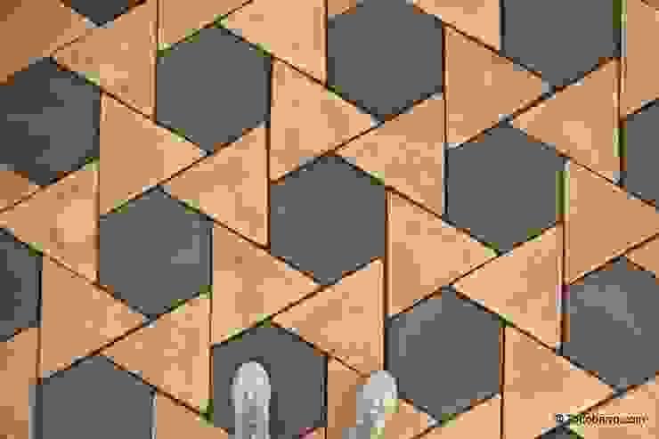 Suelo de barro Girasol 10 Paredes y suelos de estilo mediterráneo de Todobarro Mediterráneo Cerámico