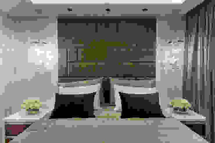 غرفة نوم تنفيذ Designer de Interiores e Paisagista Iara Kílaris, حداثي