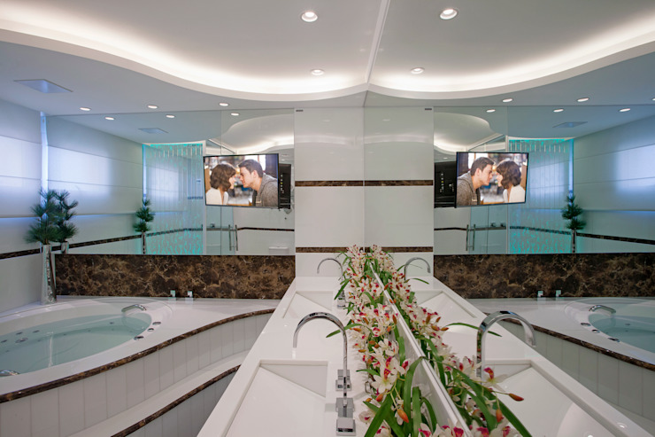 Apartamento São Paulo Banheiros modernos por Designer de Interiores e Paisagista Iara Kílaris Moderno Mármore