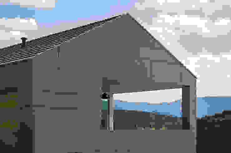 Wohnhaus in Elzach René Lamb Fotodesign GmbH Moderner Balkon, Veranda & Terrasse