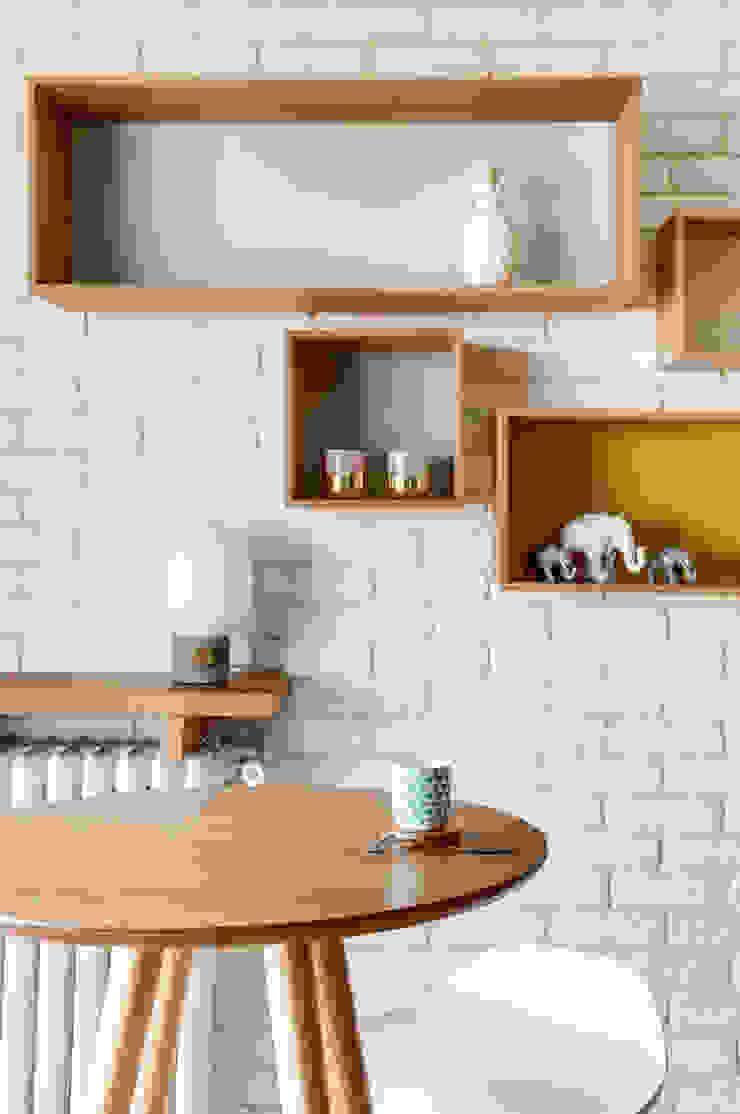 PROJET VOLTAIRE, Agence Transition Interior Design, Architectes: Carla Lopez et Margaux Meza Salle à manger moderne par Transition Interior Design Moderne