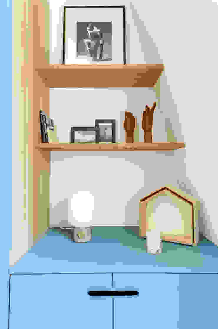Closets por Transition Interior Design Moderno