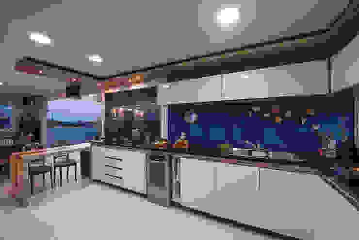 Cocinas de estilo  por Ronald T. Pimentel Fotografia, Tropical