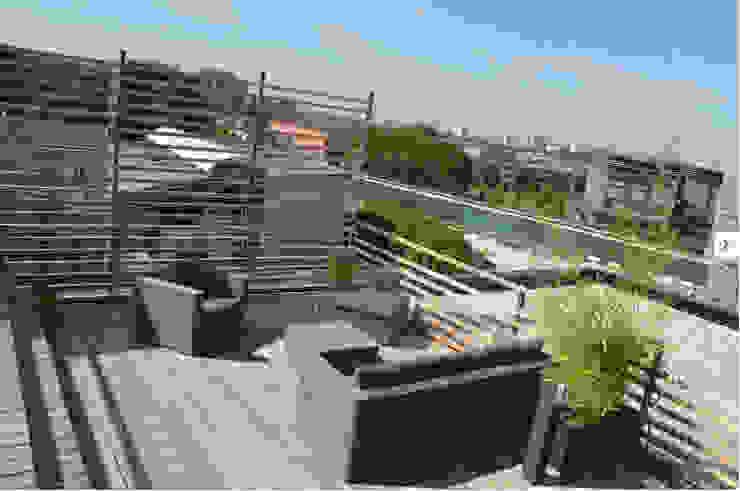 Toit terrasse architecte Balcon, Veranda & Terrasse modernes par RM Architecte Moderne Bois Effet bois