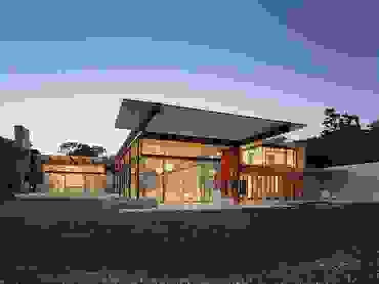 Casas modernas de Vektor arquitek Moderno