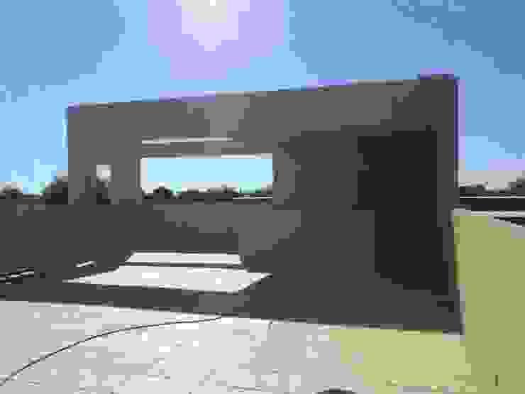 Balcones y terrazas modernos de Prece Arquitectura Moderno