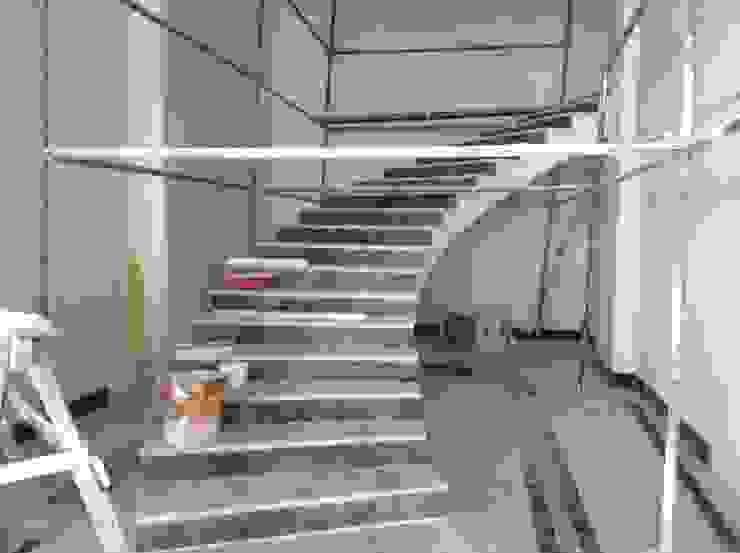 Merdiven İlk hali Klasik Oteller BRISTOL DECO & VILLA Klasik