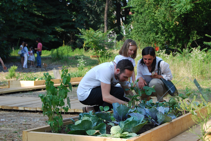 Atelier delle Verdure Сад в эклектичном стиле Дерево
