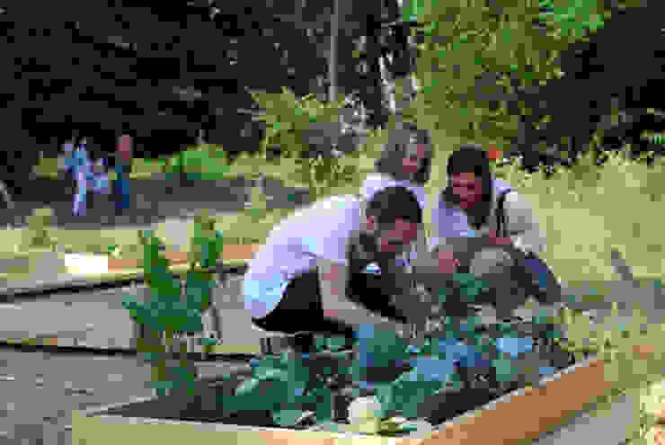 Atelier delle Verdure 庭院 木頭