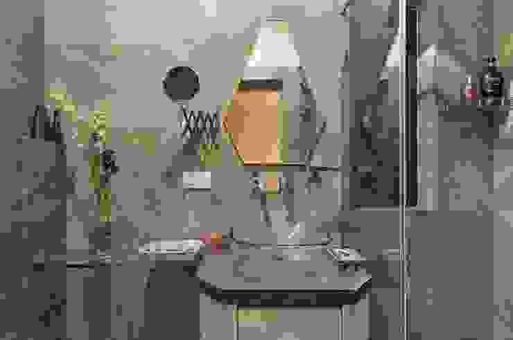 JANKI KUTIR APARTMENT The design house Modern bathroom