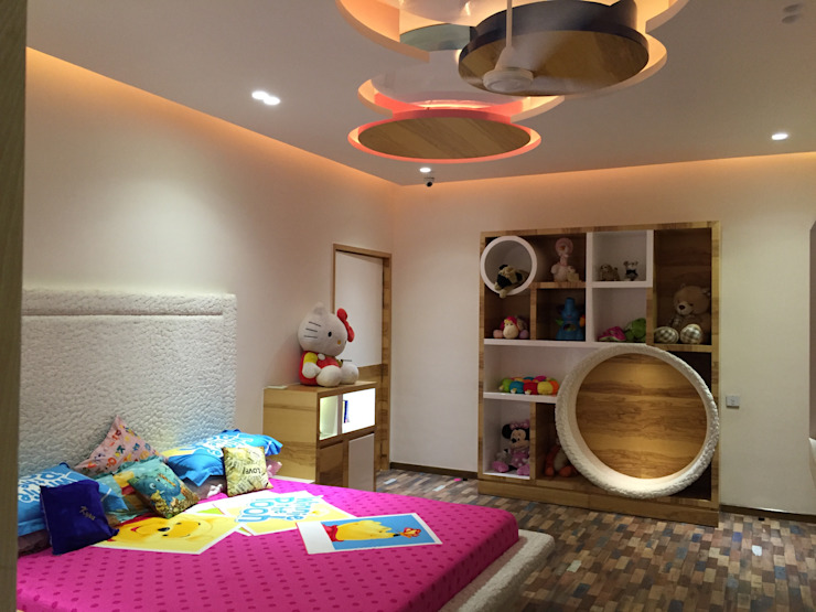 Residence—Mr. Bansal's daughter's room Modern style bedroom by Ujjval Fadia Architects & Interior Designers Modern MDF