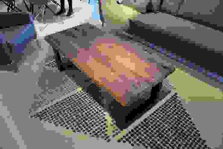 3 DESKI Living roomSide tables & trays