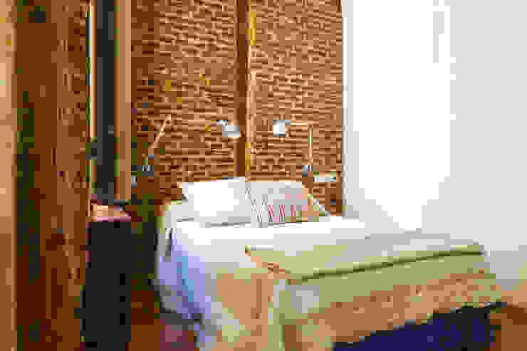 Madrid Casas (Madrid Homes) Alejandro León Photo Dormitorios de estilo industrial