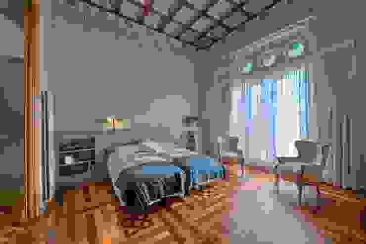 غرفة نوم تنفيذ APRIS GESTIÓ TÈNICA DE SERVEIS, SL,