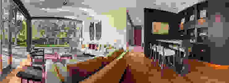 Salones de estilo moderno de Lopez Duplan Arquitectos Moderno
