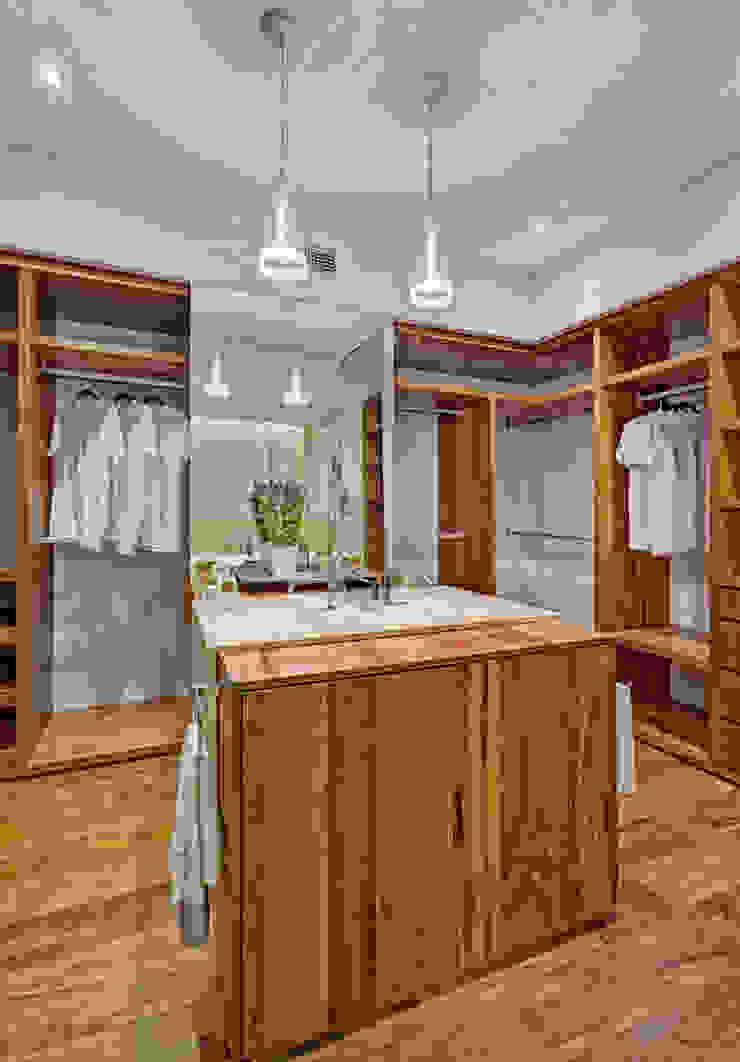 Nowoczesna garderoba od Lopez Duplan Arquitectos Nowoczesny