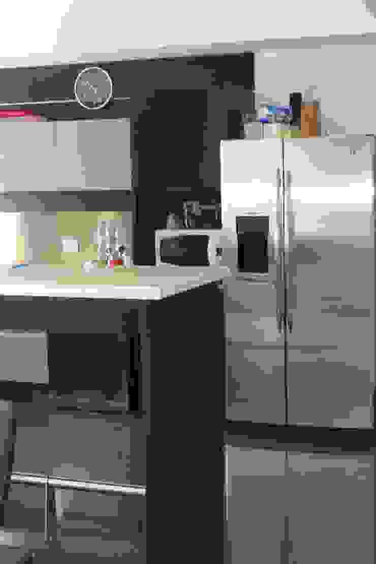 Casa A Cocinas modernas: Ideas, imágenes y decoración de Prece Arquitectura Moderno