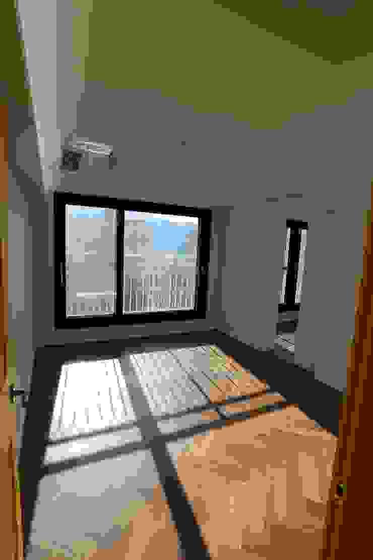 성주동 프리빌리지2차 모던스타일 침실 by 디자인세븐 모던