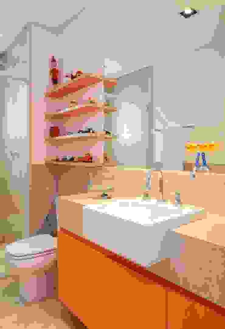 Bruna Riscali Arquitetura e Design Moderne Badezimmer