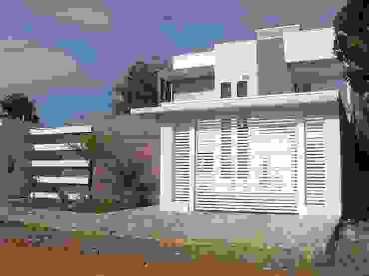 Projeto: Casas  por Ricardo Galego - Arquitetura e Engenharia,Moderno