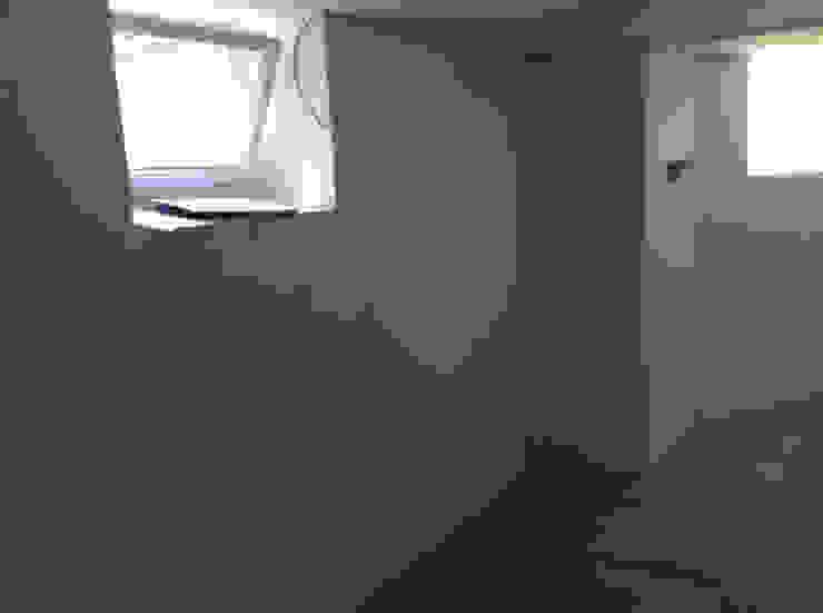 Umbau: Kellerraum zur Design Sauna: modern  von corso sauna manufaktur gmbh,Modern